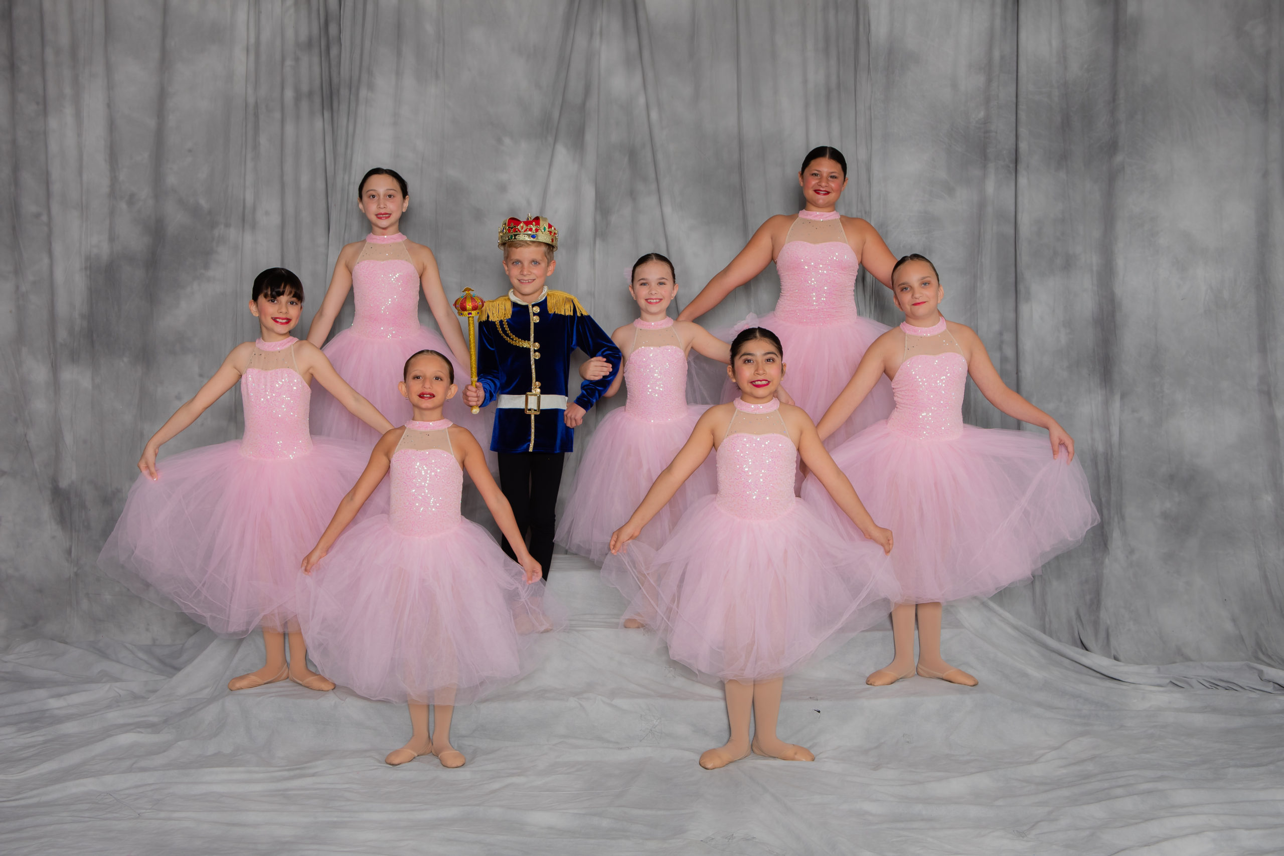 Tap, jazz and ballet dance classes for ages 8 and older